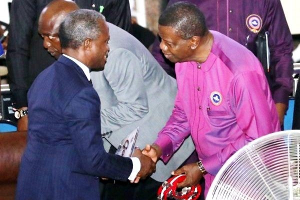ACTING PRESIDENT OSINBAJO WITH PASTORE ADEBOYE IN PURPLE