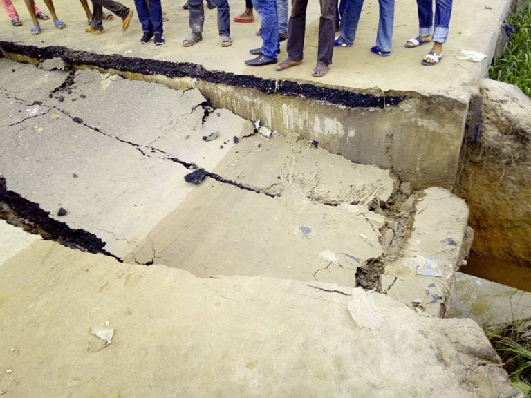 ALETO -ELEME BRIDGE COLLAPSE