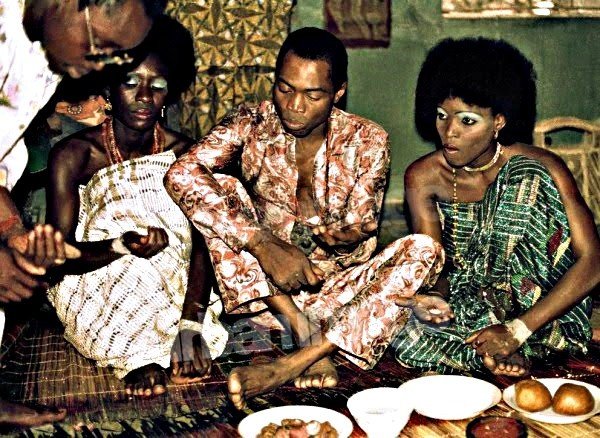 FELA AND HIS WIVES