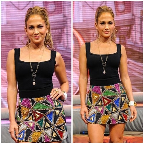 JLO IN A MOMOCHROMATIC SEQUINED MINI SKIRT