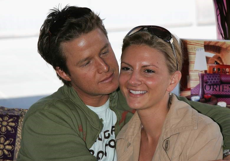 BILLY BUSH LOOKING AT WIFE SYDNEY DAVIS#5.png