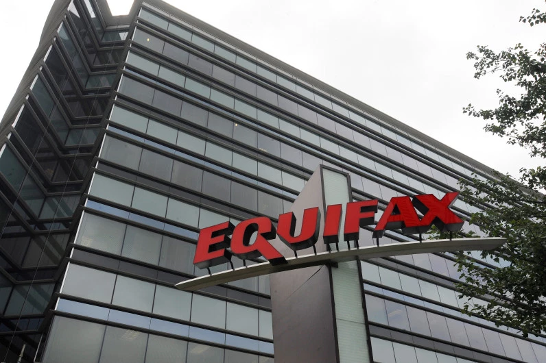 EQUIFAX BIG BUILDING PICTURE