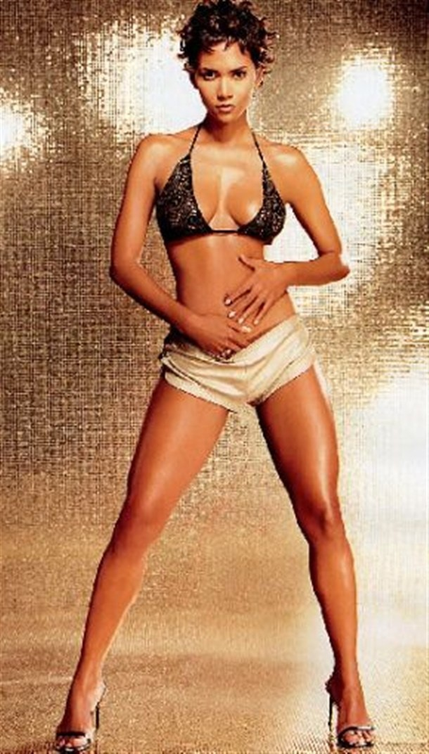 HALLE BERRY GOLD GLAMOUR SHOT#1