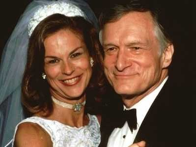 HUGH HEFNER & HIS DAUGHTER CHRISTIE, ON HER WEDDING DAY TO WILLIAM MAROVITZ IN 1995#3