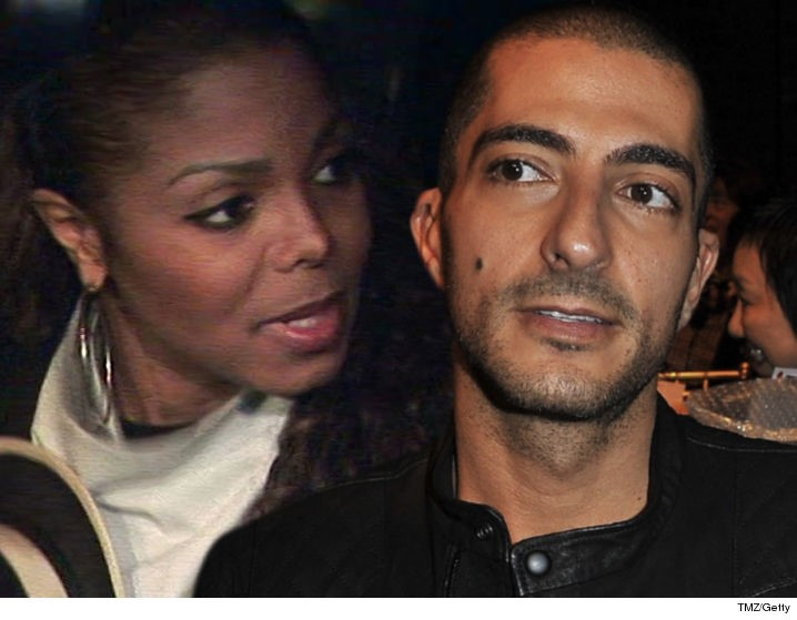 JANET FACING WISSAM AL MANA