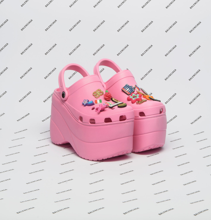 BALENCIAGA CROCS IN LARGE PINK ALONE