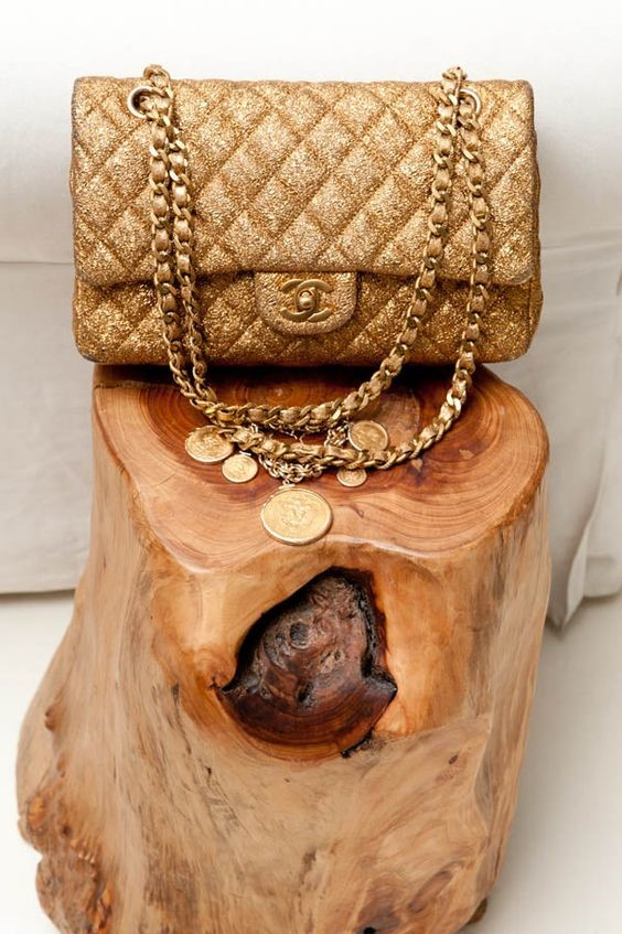 CHANEL VINTAGE GOLD QUILTED BAG