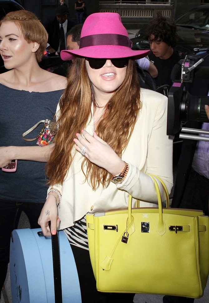 HERMES KHLOE KARDASHIAN AND HER LIME YELLOW BIRKIN BAG