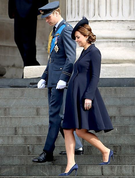 PRINCE WILLIAM AND HIS PREGNANT WIFE - KATE MIDDLETON