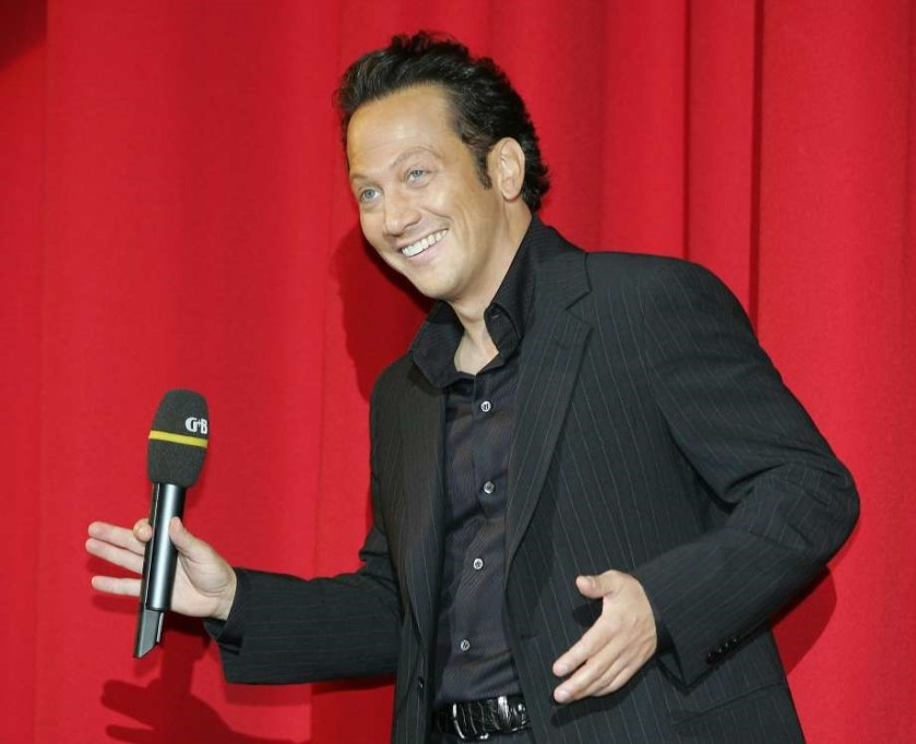 ROB SCHNEIDER PERFORMING.jpg.png